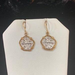 Atocha silver coin in goldbezel and hook earrings
